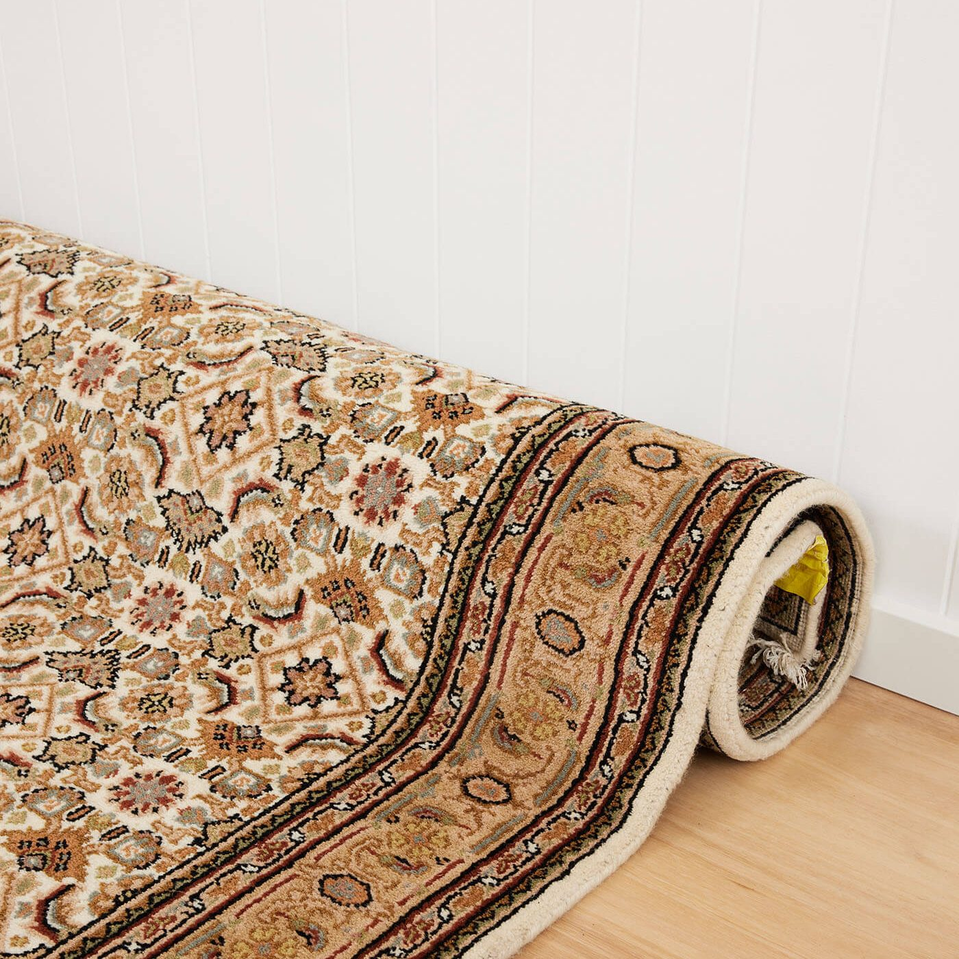 Found collective rugs